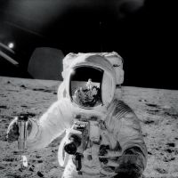 b_200_0_16777215_00_images_blogimages_from-nasas-archives-50-amazing-photos-of-the-apollo-moon-missions.jpg